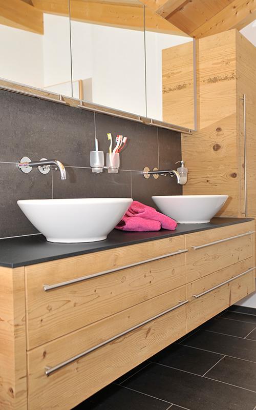 Badezimmer schreinerei rufener for Badezimmer bildergalerie